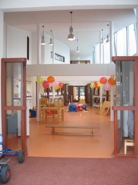 Nadat eerst het kindercentrum door kdc zwartewaterland in for Helmers accommodatie en interieur bv